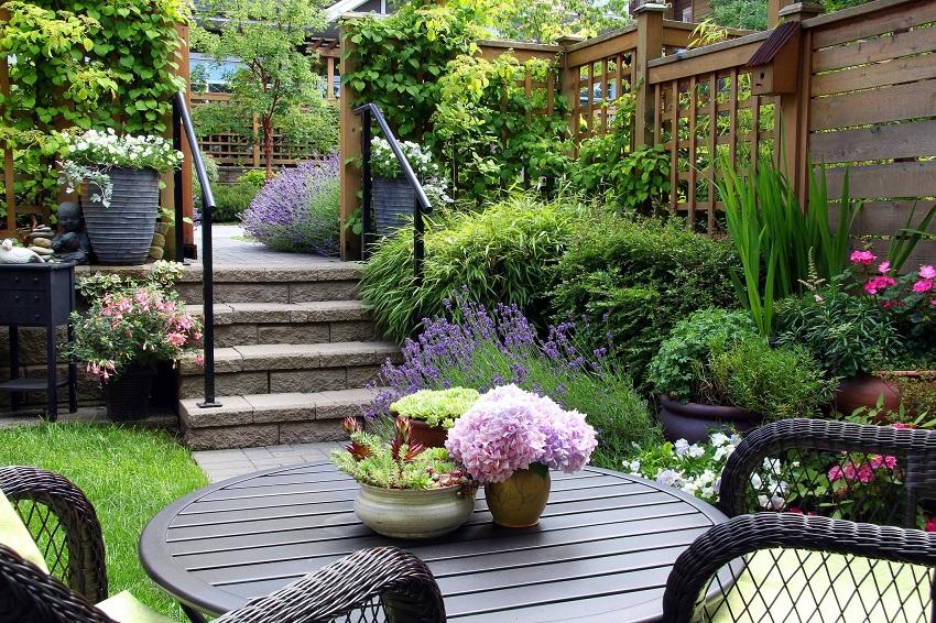 Một số phong cách thiết kế sân vườn biệt thự được ưa chuộng hiện nay