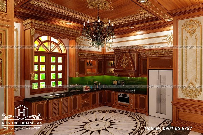 Tủ bếp gỗ tự nhiên tạo nên giá trị cho không gian nội thất cổ điển.